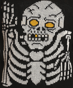 2015-12-03 19_56_53-Glow Skeleton Sweater – Middle of Beyond